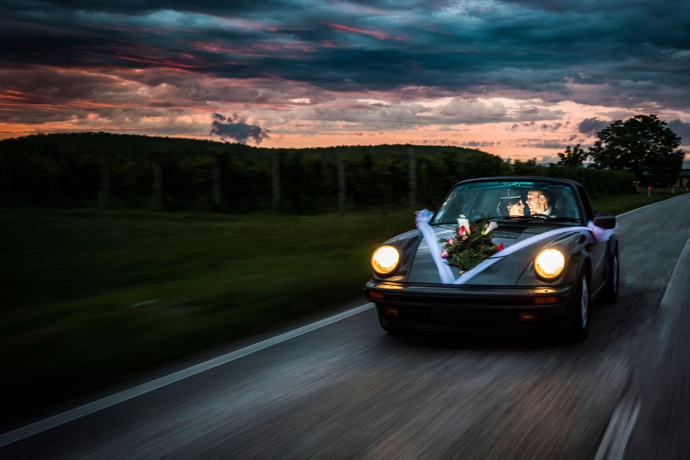 stefano-lunardi-fotografo_matrimoni_Italia_porsche_sunset_ok